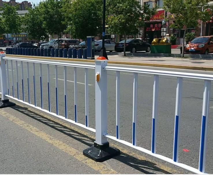 青海市政道路护栏