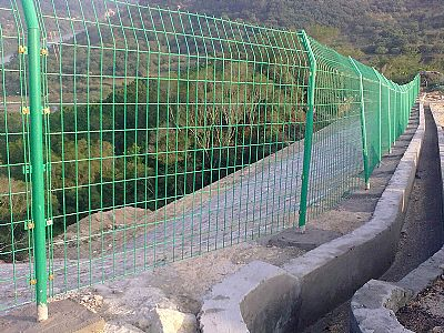 陕西双边护栏网