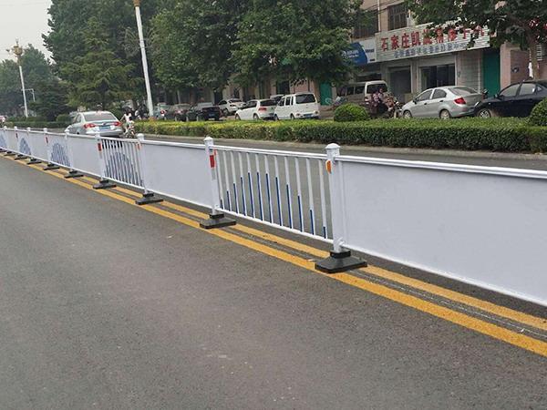 青海广告板道路护栏