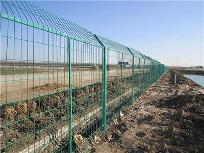 双边护栏网图片--3