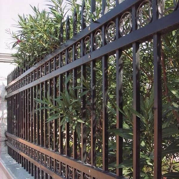 别墅护栏四栏图片--1