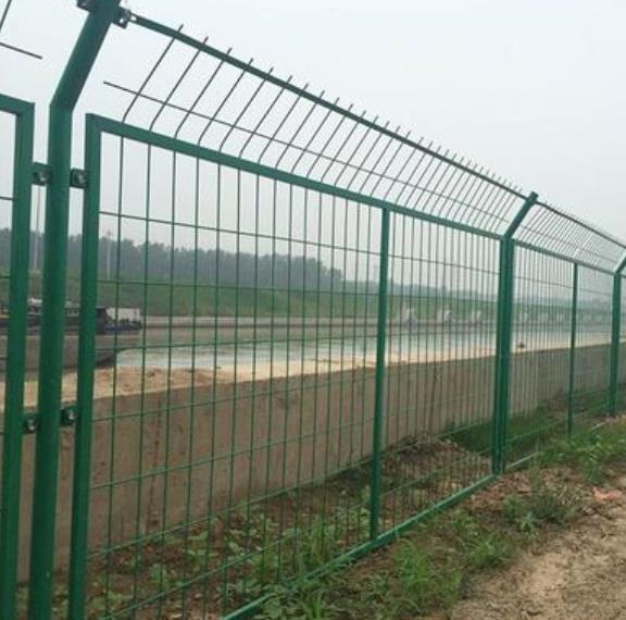 高速护栏图片--3