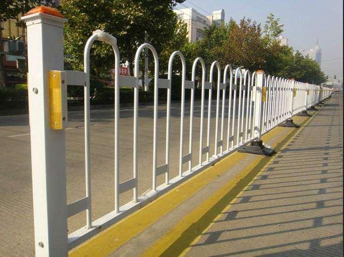 交通护栏网图片--3
