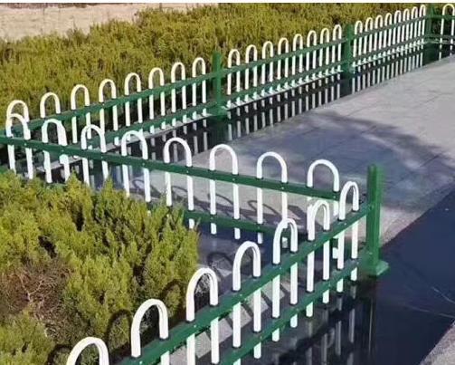 公园锌钢护栏图片--4